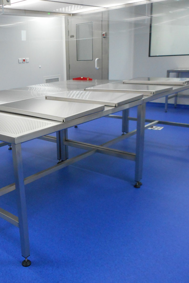 table sur mesure en inox